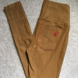 Small A&D Jeggings in Wheat